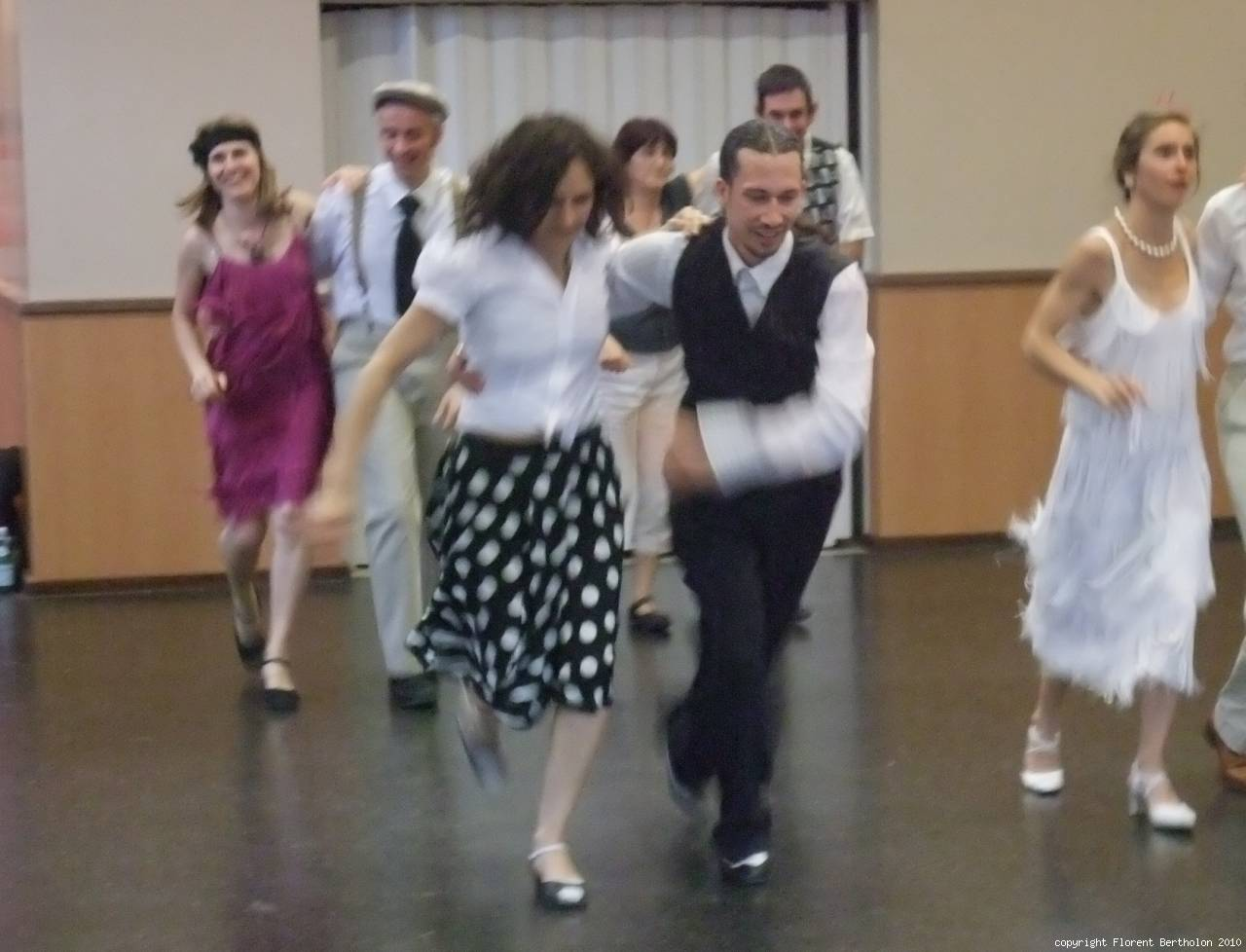 Lindy Hop (Zoot Style): LindyHop, Costume Zoot